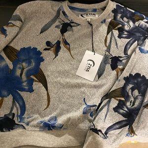 New Zyia floral sweatshirt